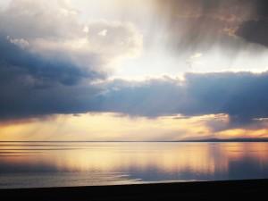 Зеркало озера Хяргас-Нуур