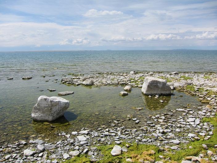 Камни-острова